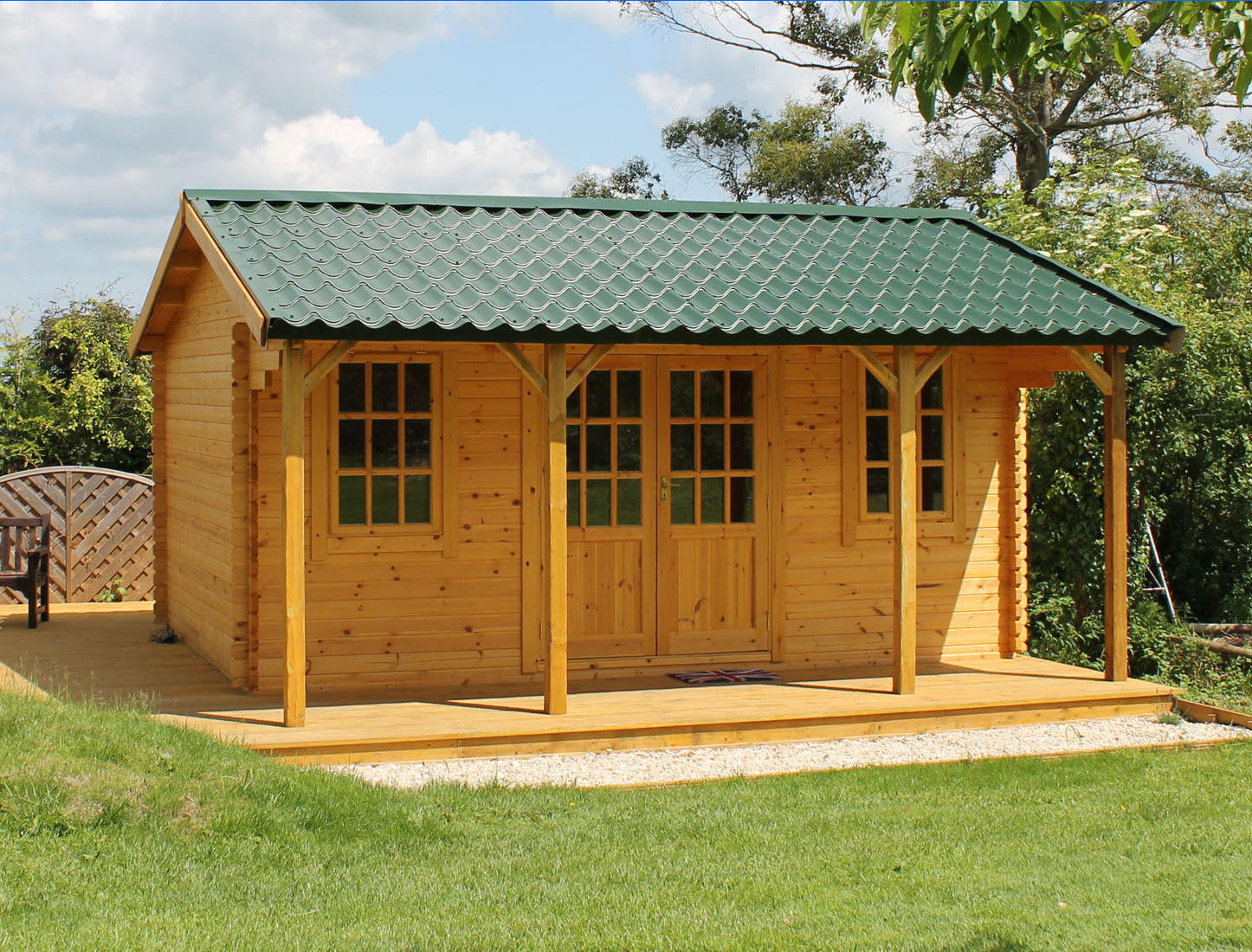 Log cabins garden significant poultry house construction for Cheap garden office buildings