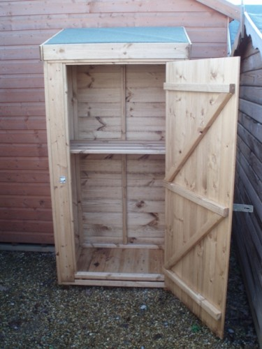 Wooden potting sheds uk garden shed kits bunnings for Mini potting shed